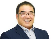 株式会社テニア 代表取締役 手塚淳一