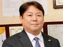 株式会社西川 代表取締役 西川滋夫