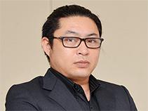 808青果店 代表 浅井慎哉