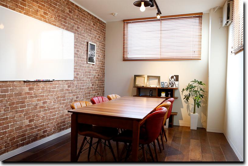 カフェのような事務所も、社内改革の一つ